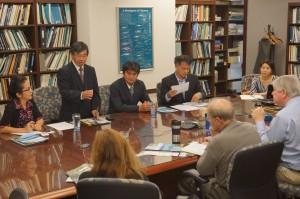 海洋哺乳動物審議会(MMC:Marine Mammal Committee)を訪問。ジュゴンの生息するエリアについて地図で確認し、適切なアセスメントの方法についてなど議論を行った。